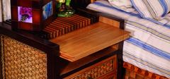 不同类型的床头柜,点缀不同风格的卧室