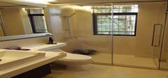 家庭装修4种常用的玻璃隔断价格