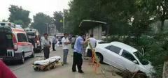 北京房山发生车祸 造事者逃之夭夭