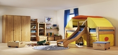 装修好儿童房,等同于给孩子一个小小的室内儿童乐园