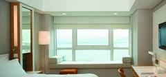飘窗设计让窗户成为你居室的一大亮点