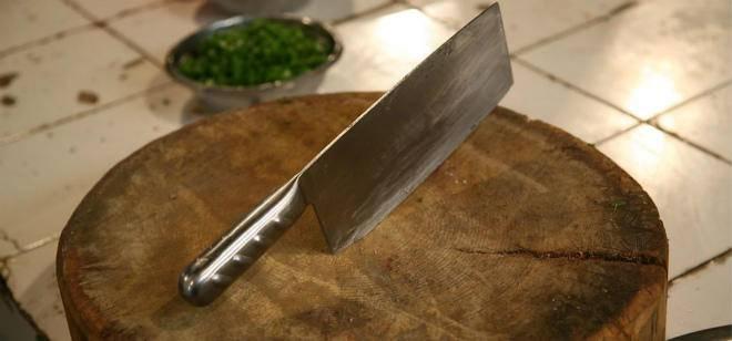 选购菜刀时,我们应该注意什么?