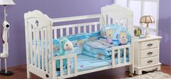 在选购婴儿床时,我们应该注意什么?