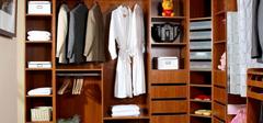 我们在选购衣柜时,应该考虑什么?
