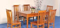 如何保养实木餐桌?