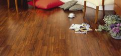 给地板打蜡的步骤是什么?