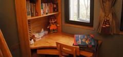 儿童书桌摆放应该哪些哪些问题?
