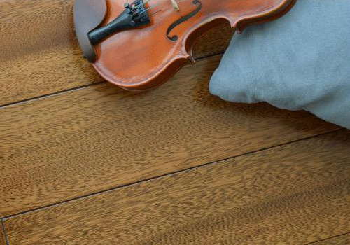 实木地板的保养法则