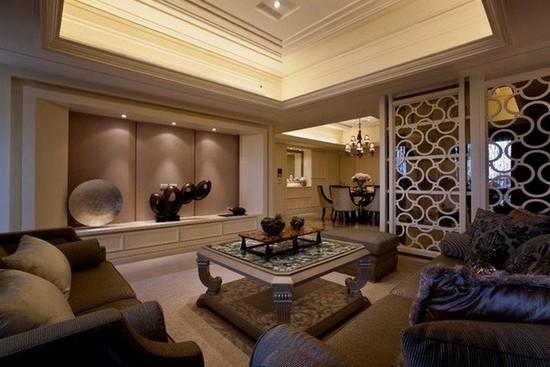 客厅若有梁横跨,应以装潢遮掩