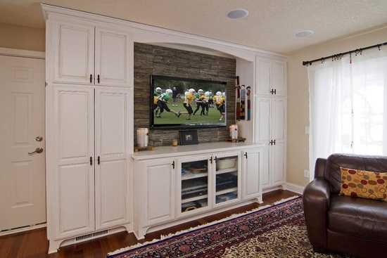 磨砂造型的欧式电视背景墙