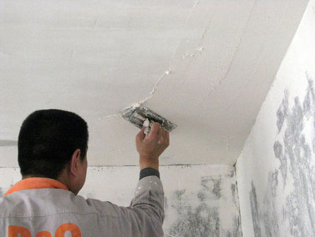 涂刷的墙面不能有痕迹
