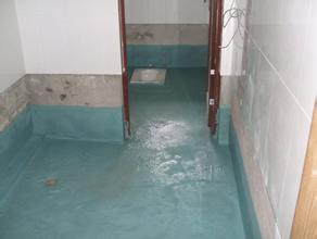 厨房、卫生间门洞处应做好防水工作