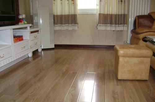地板铺装环境要慎选