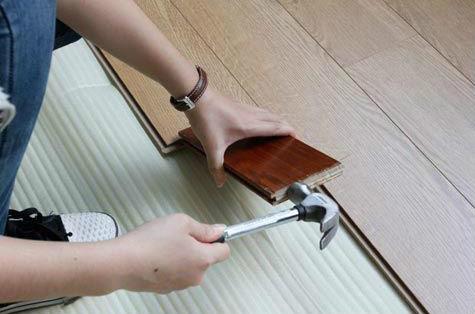 地板铺装伸缩缝需合适