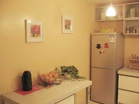 冰箱上不要摆放其他电器
