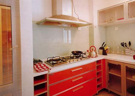 忌将洗衣机放在厨房