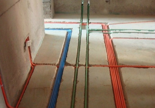 水电布线的总体要求就是横平竖直