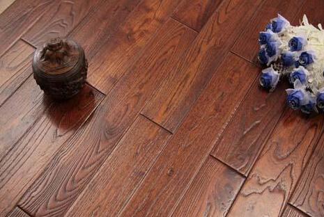 水曲柳地板材质分析