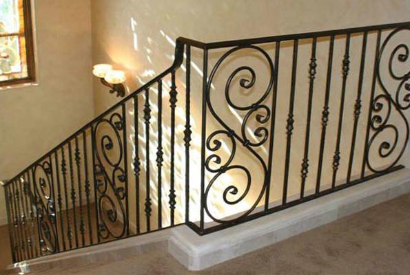 铁艺楼梯安装步骤