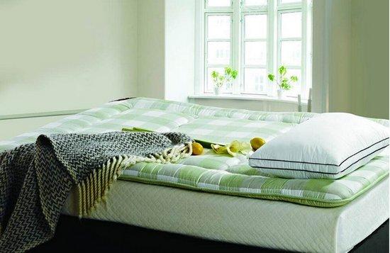 海绵材质的儿童床垫