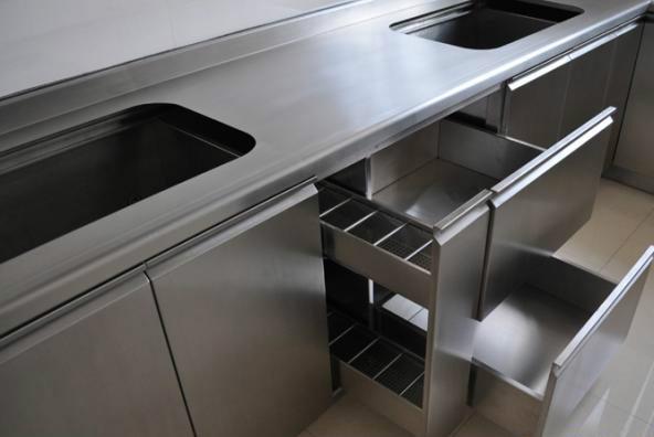 不锈钢橱柜的优缺点