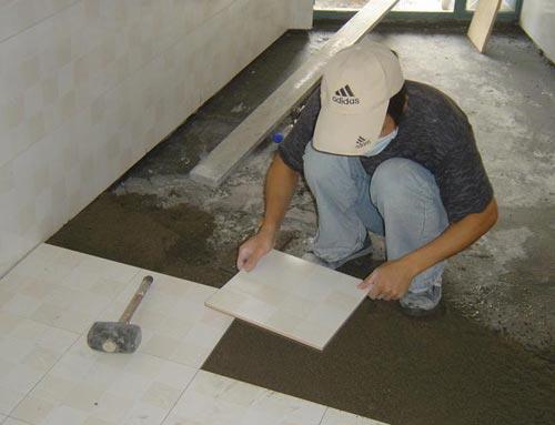 对地板砖色差与划痕的验收