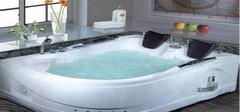 按摩浴缸的作用及选购技巧