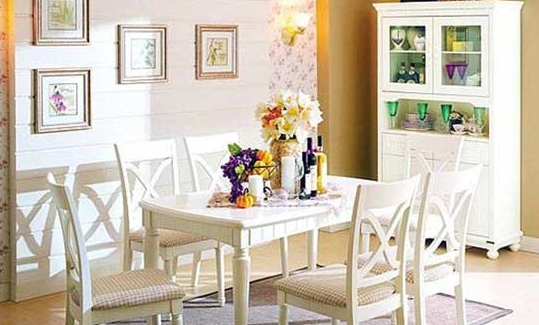欧式风格餐桌