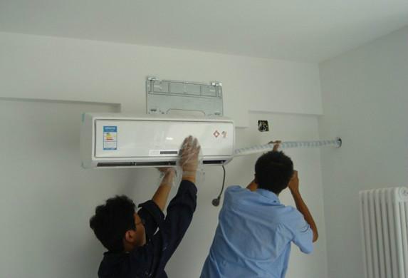 空调安装与装修同进行