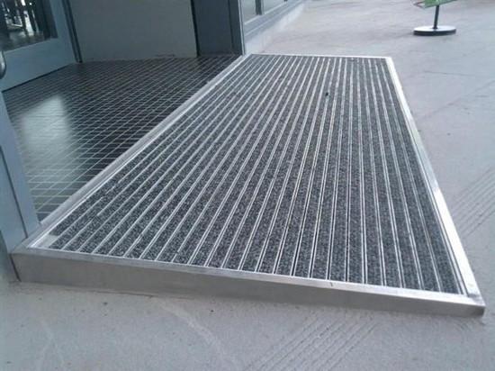 铝合金地垫优势