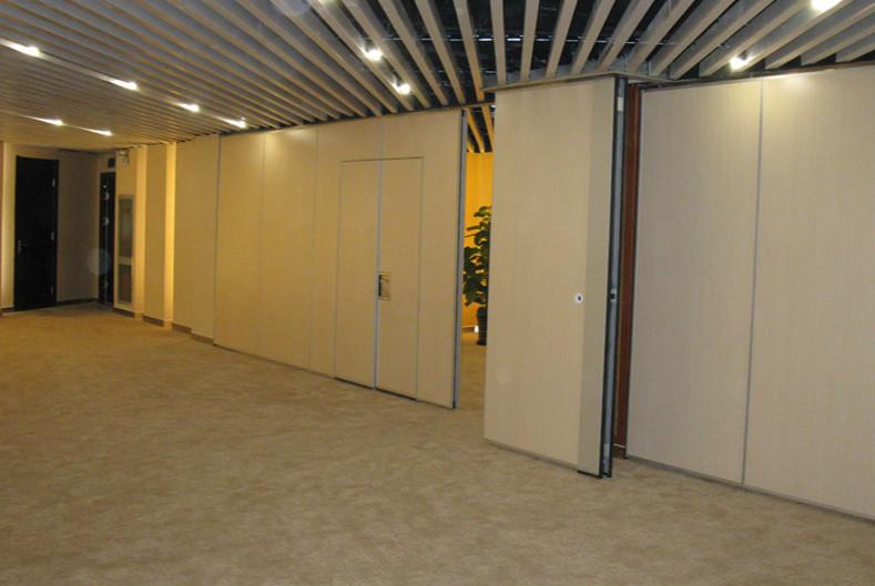 移动隔断墙安装步骤