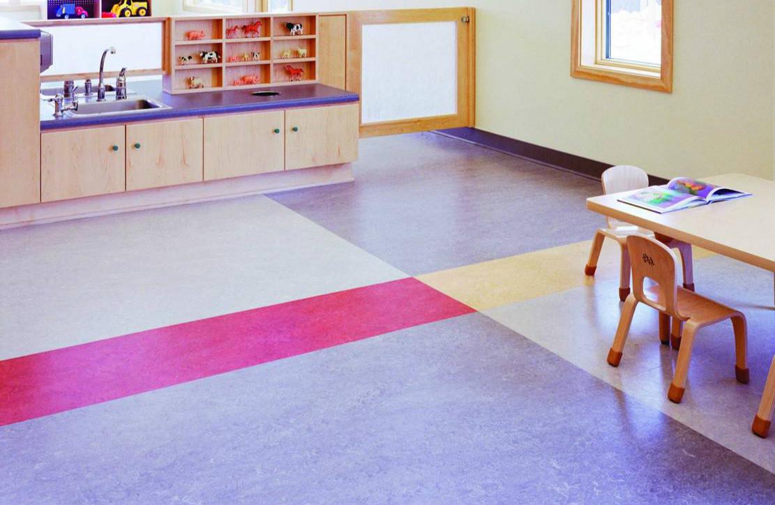 PVC塑胶地板的优缺点