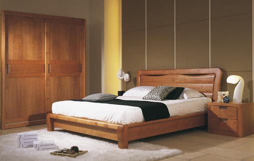 迷恋一张床