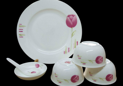 陶瓷餐具效果图