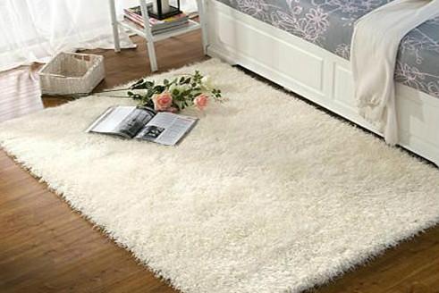 防止羊毛地毯掉毛的方法