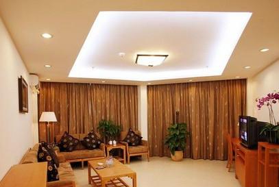 客厅吸顶灯
