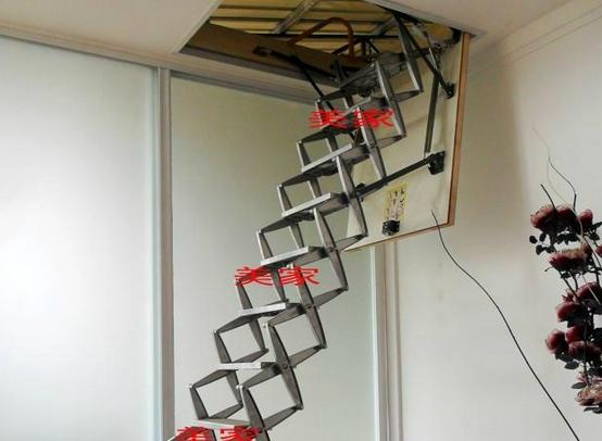 阁楼楼梯设计