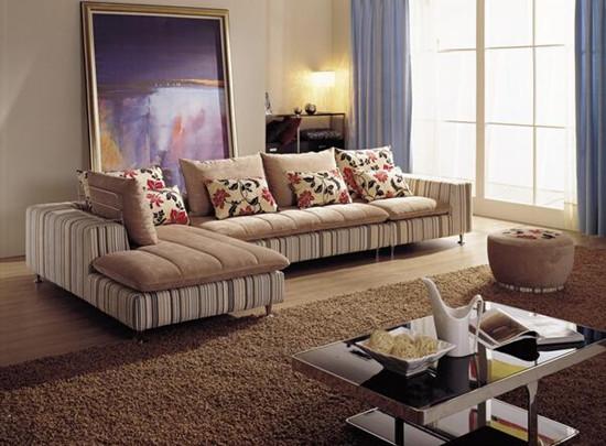 考虑沙发的规格