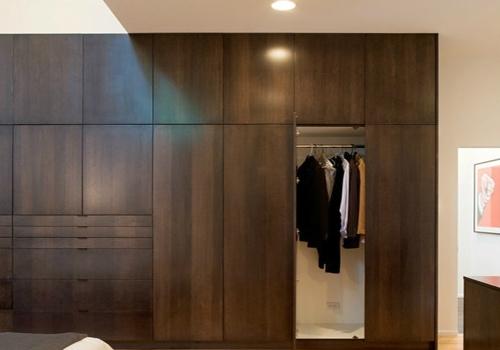 实木衣柜装修效果图