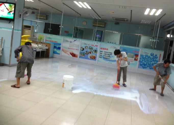 地板胶的选购技巧