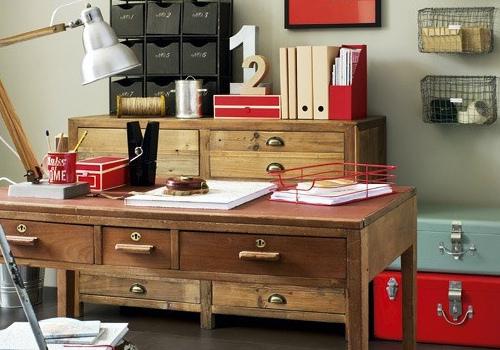 实木书桌效果图