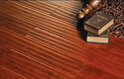 地板的保养要注意防水
