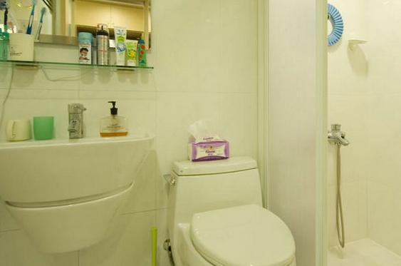 厕所隔断材料选择