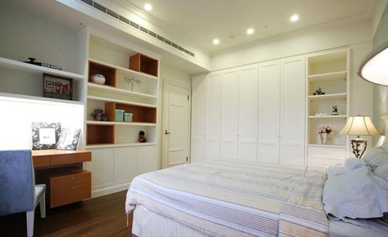 卧室衣柜颜色搭配