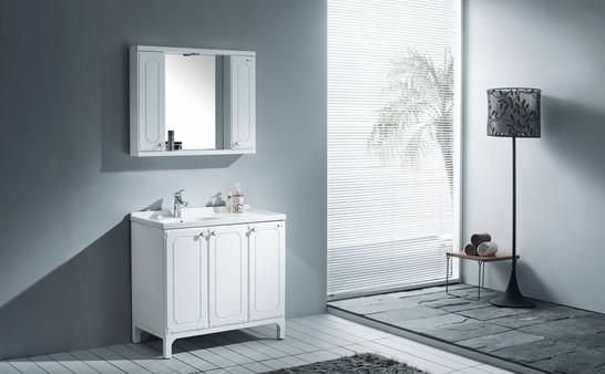 浴室柜选购看品牌
