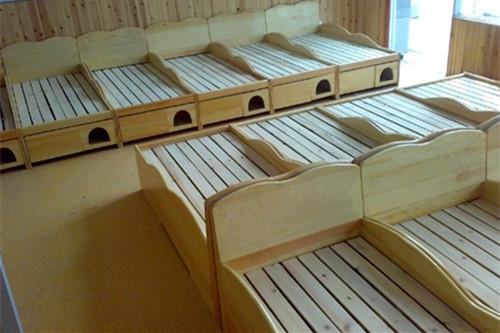 幼儿园床的材质
