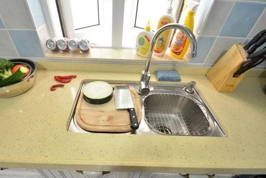 厨房洗水池