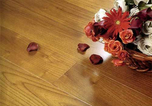 验收地板的细节