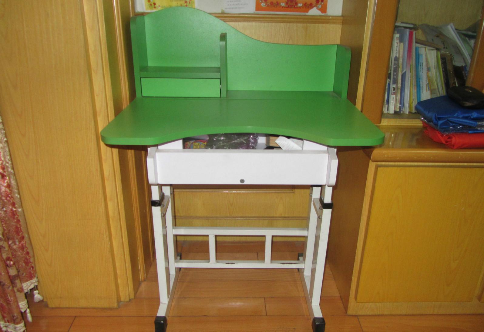 儿童写字桌椅
