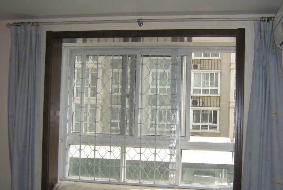 飘窗窗帘杆